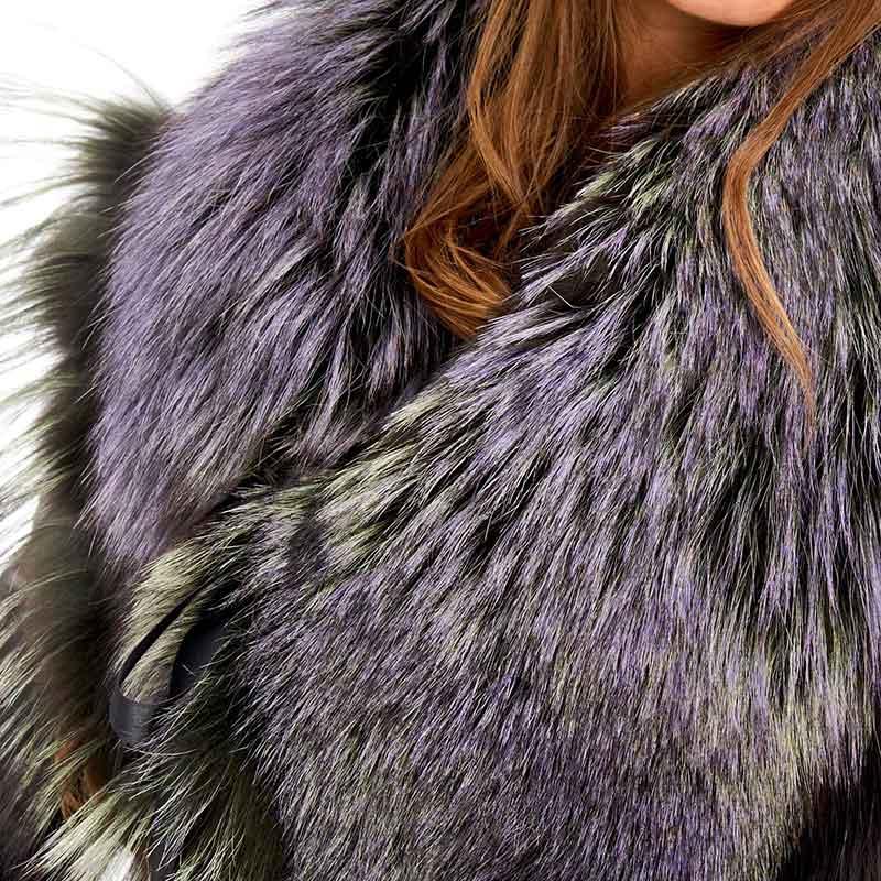 Accessorio volpe verde viola cappotto lana | Nicola Pelliccerie