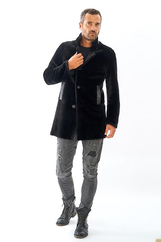 Pelliccia uomo nera shearling ragazzo doppiopetto | Nicola Pelliccerie