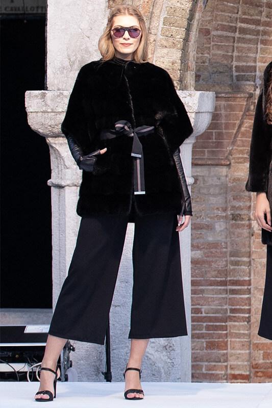 Sfilata Treviso Moda Inverno Visone Naturale Nero | Nicola Pelliccerie