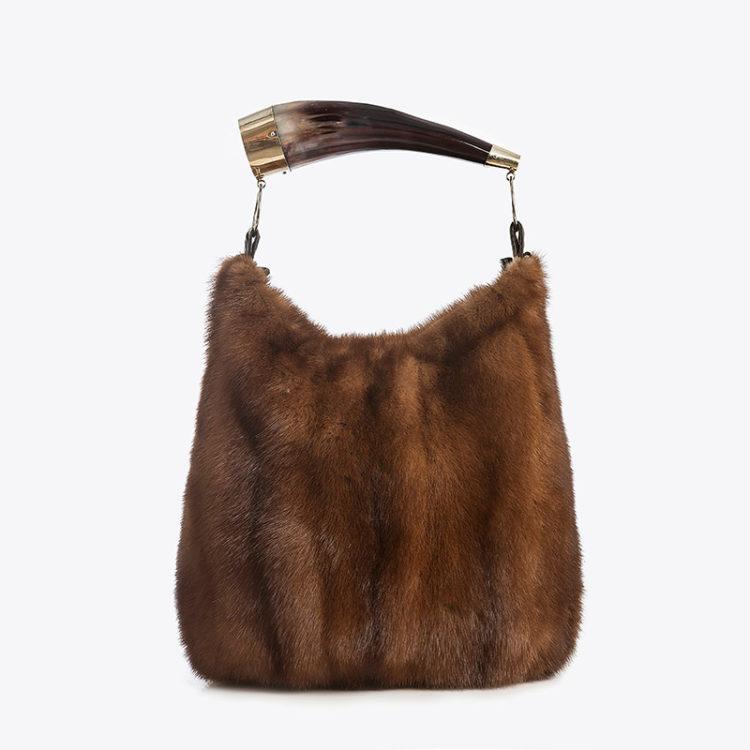 Borsa secchiello pelliccia marrone naturale visone con corno naturale | Nicola Pelliccerie