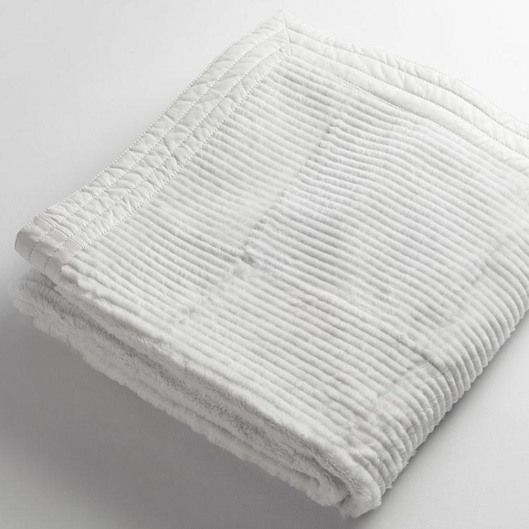 Coperta matrimoniale pelliccia lapin bianca 160x165 | Nicola Pelliccerie