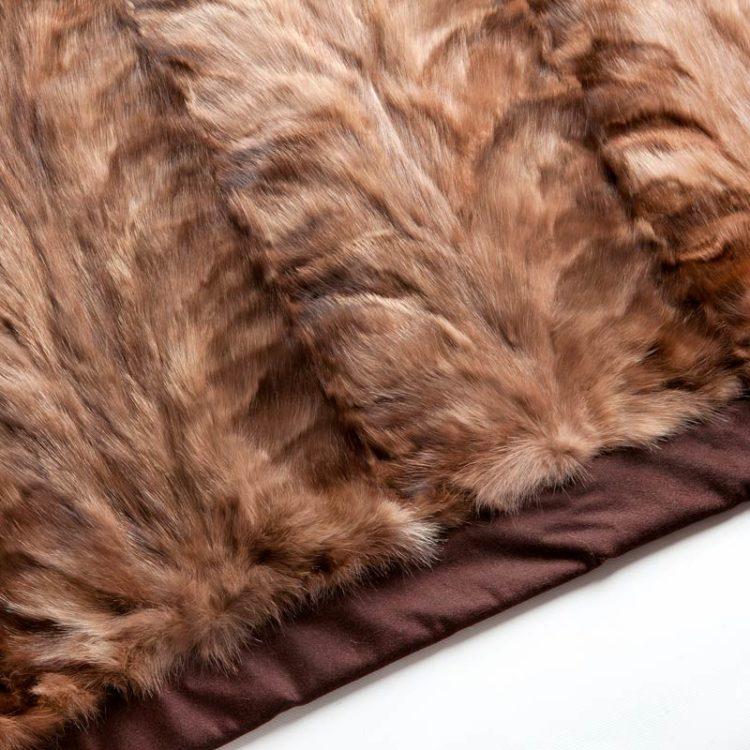 Copridivano pelle pelliccia beige zibellino cachemire 225x130 cm | Nicola Pelliccerie