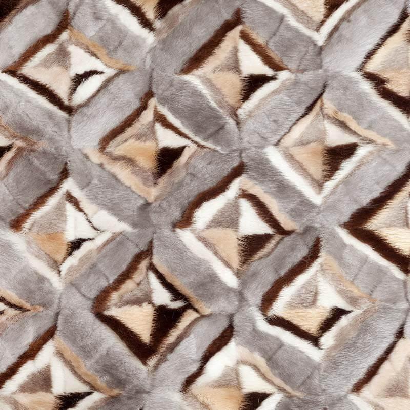 Plaid pelliccia grigia naturale chalet montagna | Nicola Pelliccerie