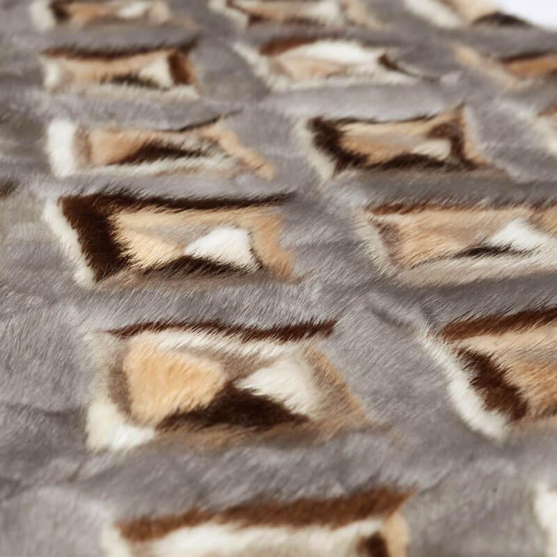 Plaid pelliccia patchwork visone naturale | Nicola Pelliccerie